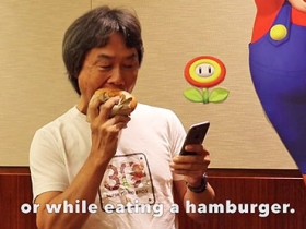 Super Mario Run 單手就能輕鬆玩,瑪利歐之父示範給你看