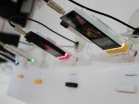 Sony Xperia U 春電展預購,遠傳五月開賣