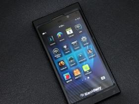 全新介面操作 BlackBerry 10 一手試玩