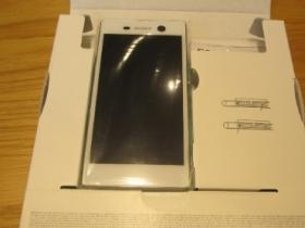 Sony Xperia M5 入手開箱文