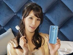 耀眼登台,Samsung S7 Edge 冰湖藍新色直擊