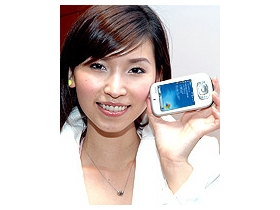 全球最迷「妳」的 PDA 手機-Dopod 818