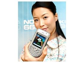 雙模智慧型手機 Nokia 6630 漫遊世界無障礙