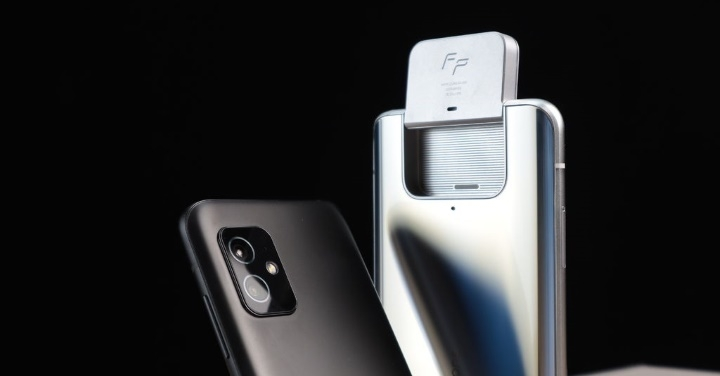 ZF8 Flip:翻轉鏡頭寶刀未老?