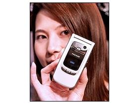 四頻雙模 MP3 旗艦機 PG1900 正式開賣