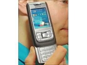 商務通話雙強 Nokia E65 中階智慧探市場