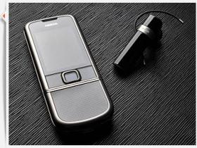 洗鍊更出色 Nokia 8800 Carbon Arte 圖賞