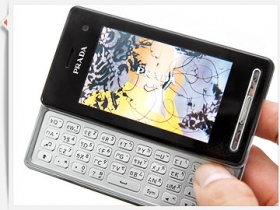 LG KF900 Prada 2 中文版首試:外型導覽