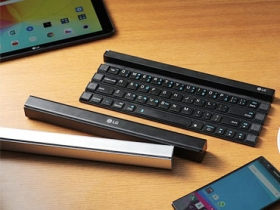 LG 推卷軸式收納的藍牙鍵盤